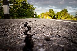 地震综合图片