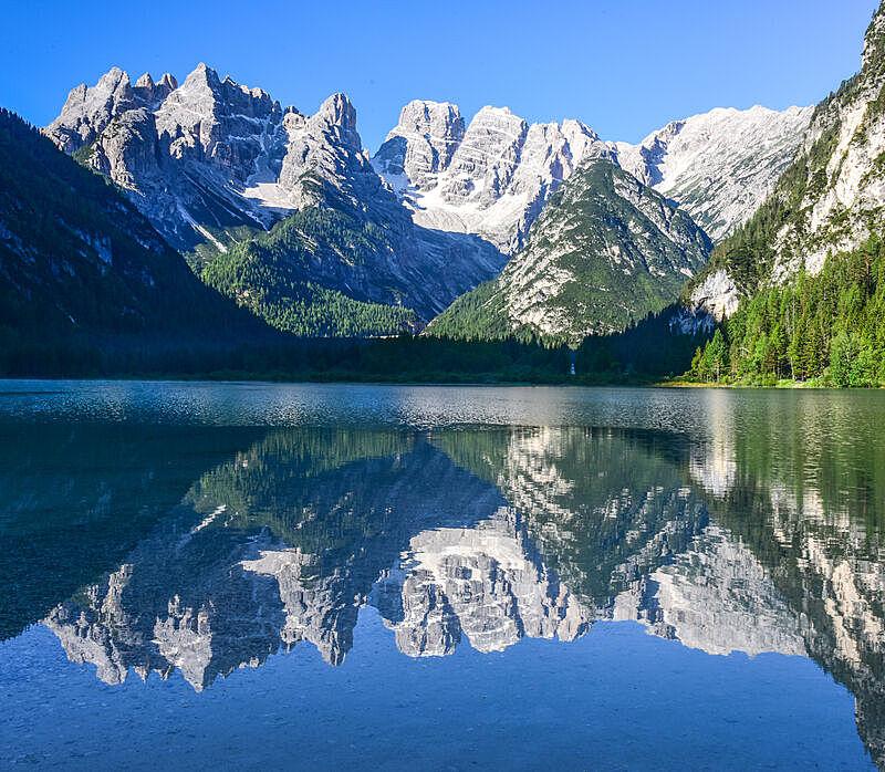 湖,旅途,自然美,休闲活动,夏天,户外,天空,多洛米蒂山脉,意大利,欧洲