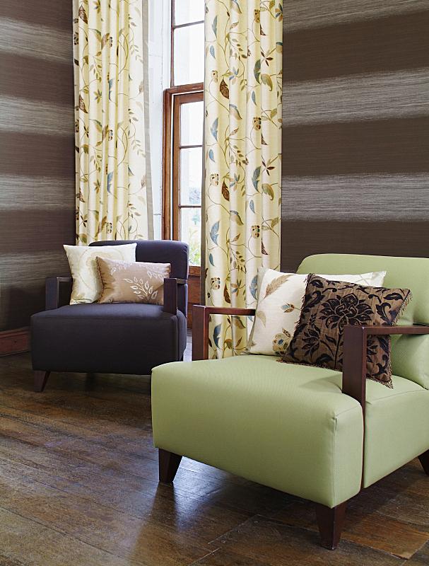 椅子,室内,起居室,垂直画幅,褐色,纺织品,无人,硬木地板,家具