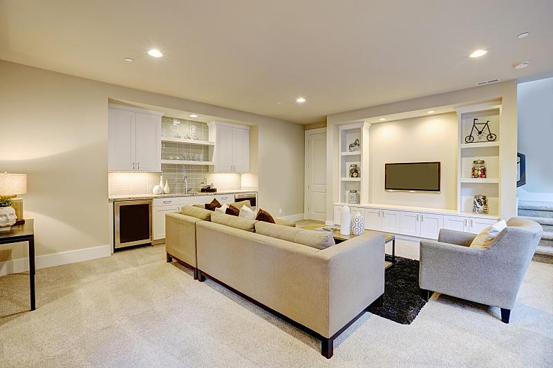 起居室,地下室,网吧,高雅,窗户,褐色,新的,美国,桌子,水平画幅