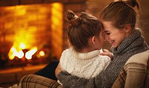 母亲,冬天,儿童,家庭,壁炉,夜晚,美,水平画幅,父母