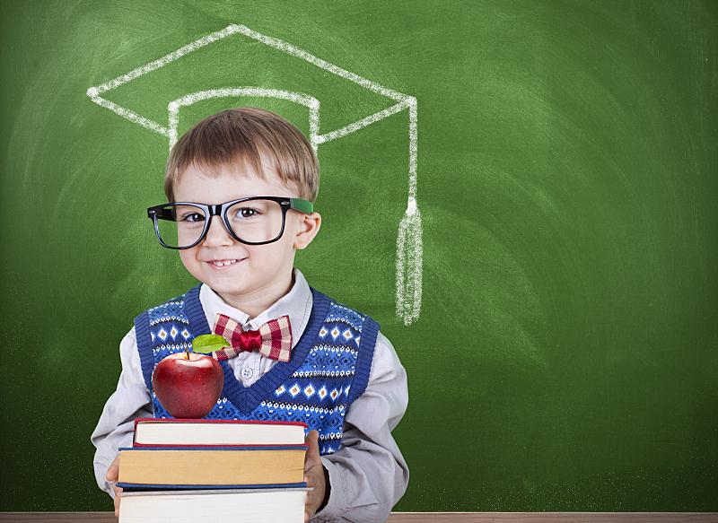 重返校园,学位帽,男生,幼儿园,小学,儿童教育,小学生,学校,领结,讲师