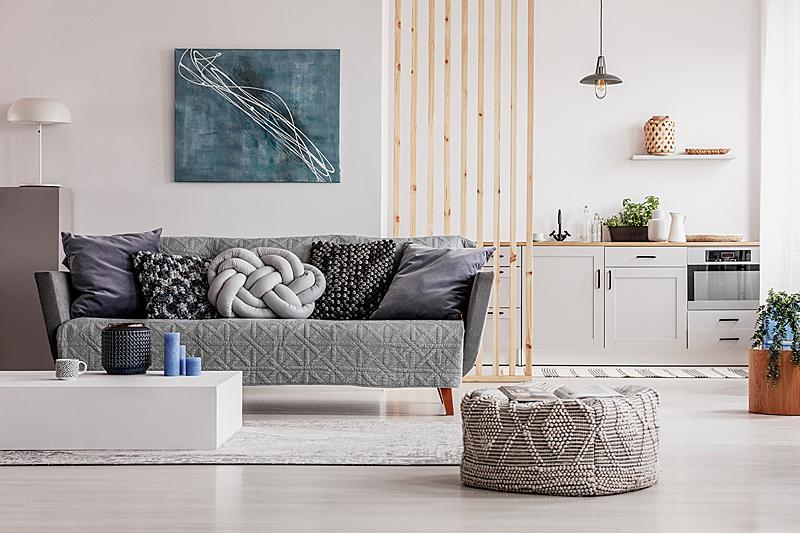 室内,白色,灰色,厨房,枕头,沙发,柜子,开放式设计,起居室,明亮