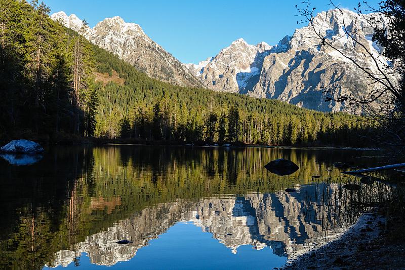 山脉,倒影湖,美国,湖岸,水平画幅,大提顿,无人,怀俄明,户外,湖