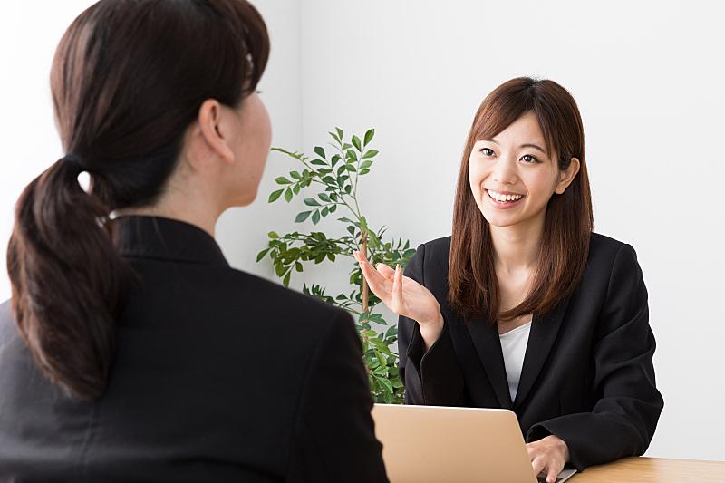 办公室,女商人,笔记本电脑,半身像,水平画幅,商务会议,经理,仅成年人,日本人,白领