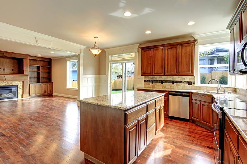 起居室,厨房,易接近性,窗户,住宅房间,水平画幅,建筑,无人,豪宅,房地产
