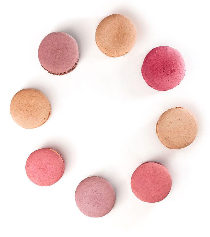创造力,白色,柔和色,垂直画幅,饼干,太空,留白,圆形,无人,女性特质