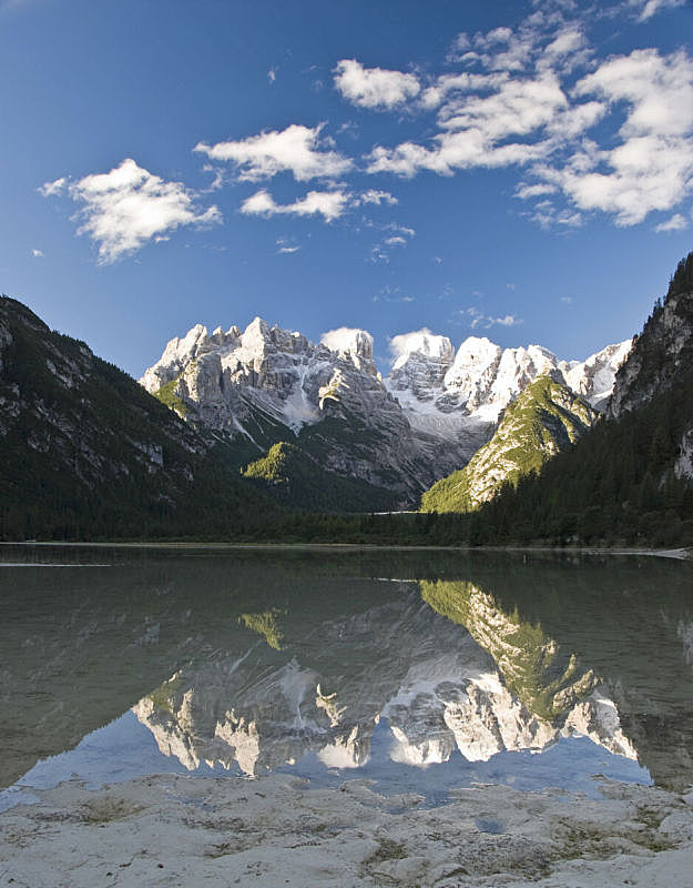 湖,山,垂直画幅,水,天空,威尼托大区,雪,无人,早晨,夏天