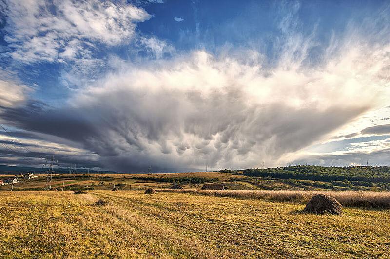 戏剧性的天空,罗马尼亚,云,图像,公路,无人,路,户外,天空,水平画幅