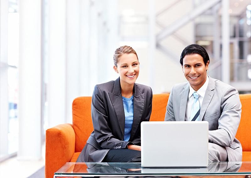 笔记本电脑,商务,团队,女性,套装,专门技术,青年男人,公司企业,男性美,坐