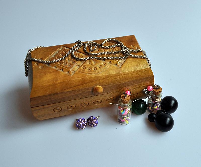 木制,盒子,珠宝,个人随身用品,链,水平画幅,无人,装饰物,首饰盒,耳饰