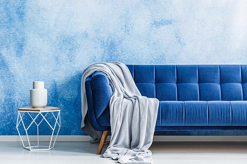 灰色,沙发,极简构图,金属,室内,毯子,墙,蓝色,摄影,渐变
