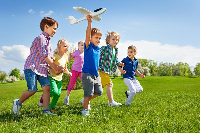 儿童,飞机,玩具,男孩,拿着,慢跑,天空,在之后,夏天,草
