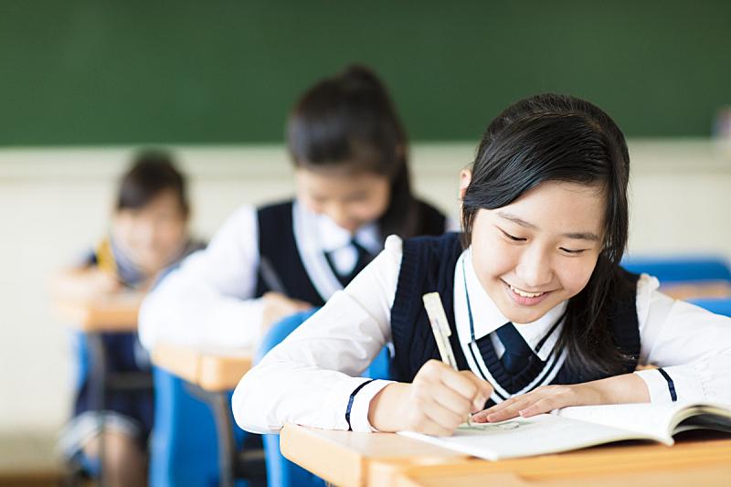学生,友谊,教室,女孩,背景聚焦,制服,小学,高中,微笑,考试