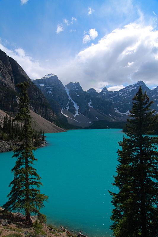 梦莲湖,山脉,十峰谷,加拿大落基山脉,垂直画幅,水,洛矶山脉,阿尔伯塔省