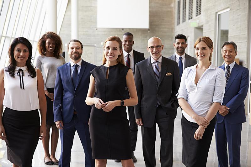 注视镜头,办公室,商务,停车楼,团队,经理,人群,快乐,多种族,拉美人和西班牙裔人