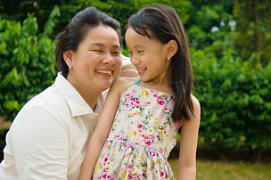 家庭,亚洲,马来西亚人,朝鲜民族,泰国人,水平画幅,单身母亲,户外,日本人,母亲