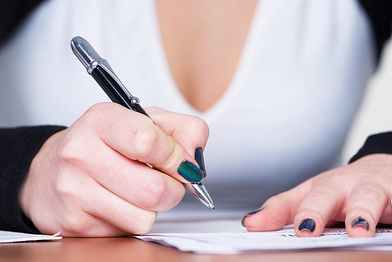 女孩,表格填写,图像,文档,经理,仅成年人,知识,白色,公司企业,书桌