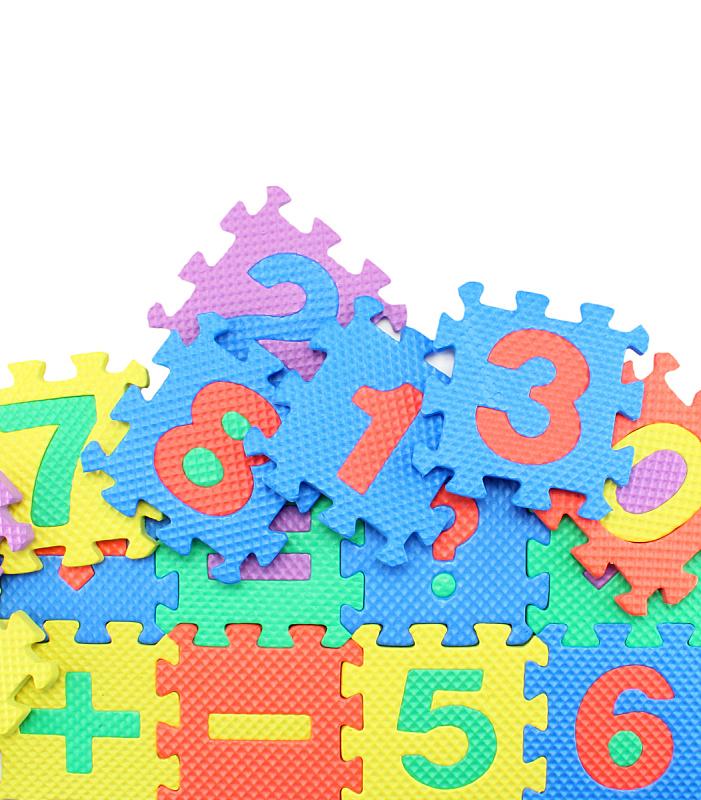 数学,彩色图片,财务数据,乐趣,垂直画幅,学龄儿童,字母,加号,标签,材料
