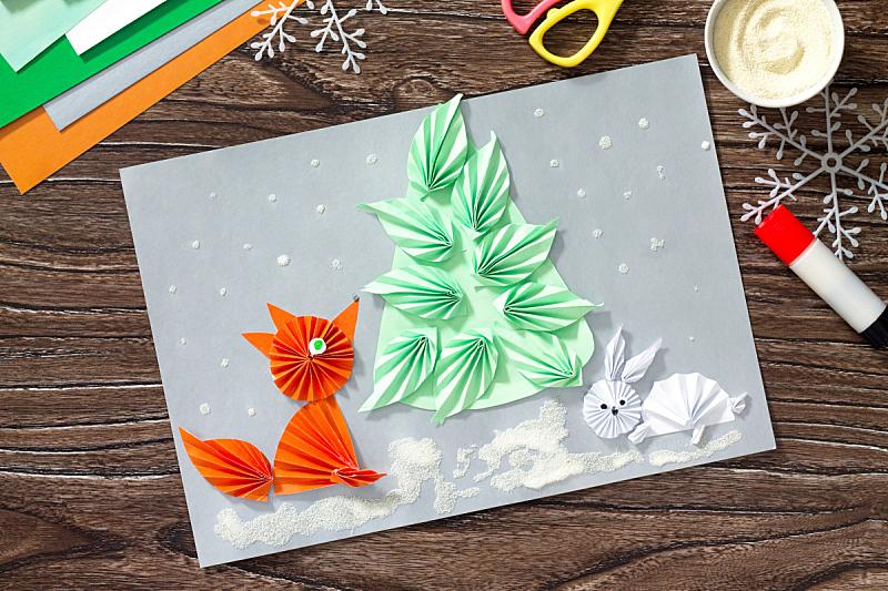 雪,圣诞树,小兔子,狐狸,纸,儿童,粗麦食物,野兔,概念和主题,艺术