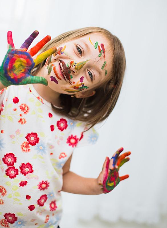 儿童,肖像,指画,水粉画,垂直画幅,学龄前,白人,特写,凌乱,童年