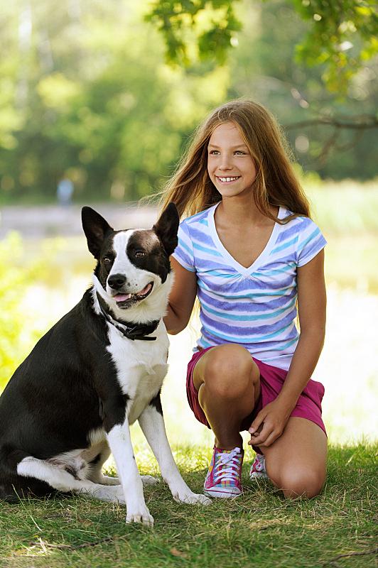 狗,女孩,自然美,黑色,自然,垂直画幅,女人,青春期,可爱的,人