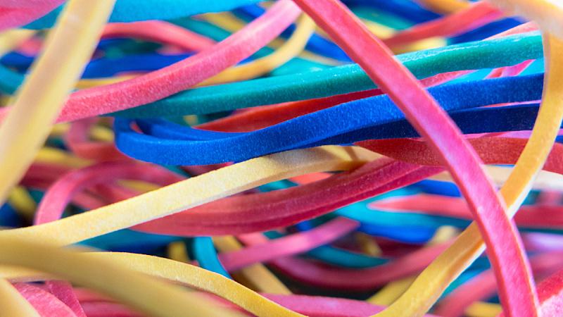 橡皮圈,水平画幅,绿色,无人,蓝色,黄色,特写,橡胶,多色的,摄影
