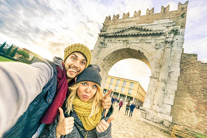 女朋友,欧洲,异性恋,城市,概念,旅途,厚衣服,乐趣,幸福,自拍