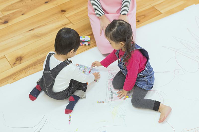 儿童,活力,专心,仅日本人,热情,肖像,好奇心,女人,亚洲人种,童年