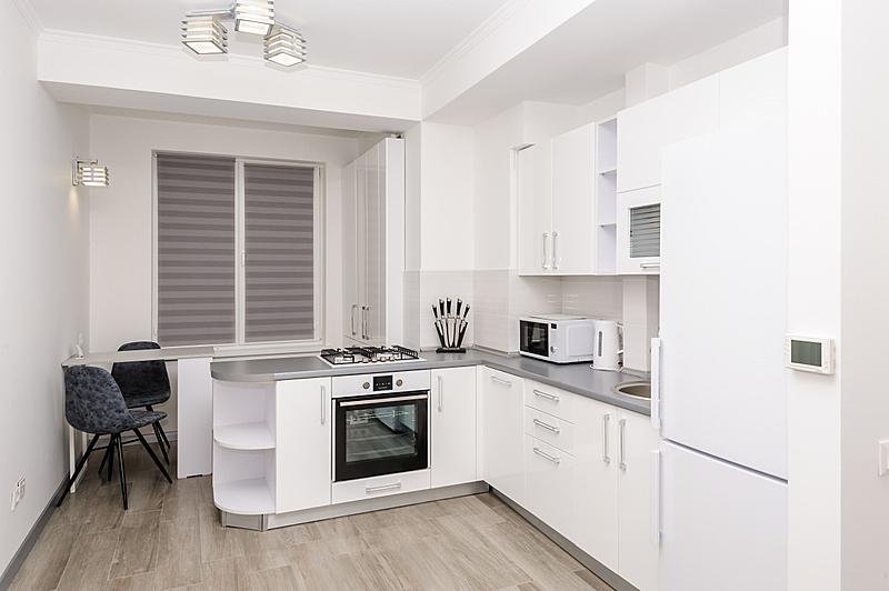 厨房,极简构图,白色,冰箱,华贵,干衣机,摩尔多瓦共和国,炊具,燃气灶,椅子