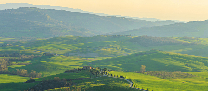 托斯卡纳区,意大利,丘陵起伏地形,天空,美,水平画幅,山,无人,夏天,户外
