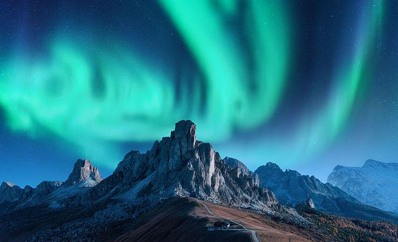 山脊,极光,北极光,岩石,天空,欧洲,建筑外部,山,地形,星星