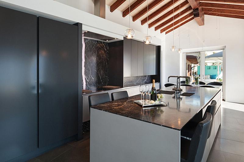 现代,室内,厨房,独立灶台,屋顶横梁,新的,水平画幅,墙,透过窗户往外看,无人