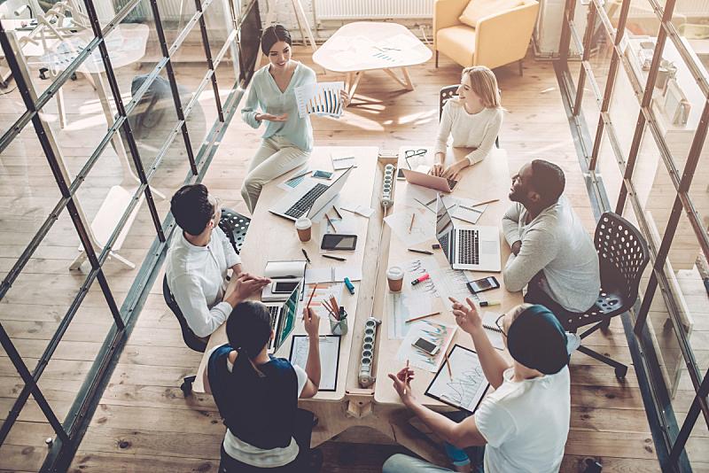 现代,青年人,办公室,男商人,新创企业,仅成年人,专业人员,技术,青年男人,计算机