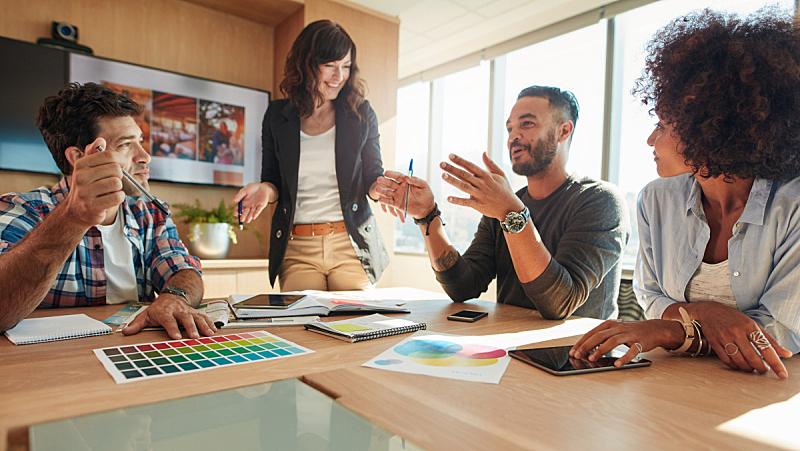 人群,商务会议,有色人种,男商人,新创企业,经理,男性,想法,青年人,设计师