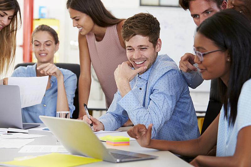 办公室,忙碌,特写,商务休闲,工作场所,文件管理,团队,斜靠,休闲正装,幸福