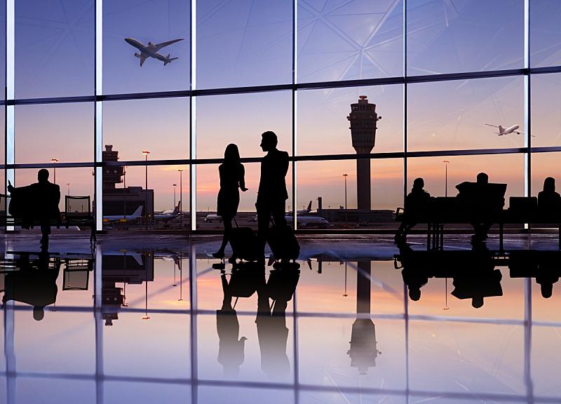 机场,人,机舱乘务员,商务旅行,机场出发区,航空业,大门,飞机,夜晚,天空