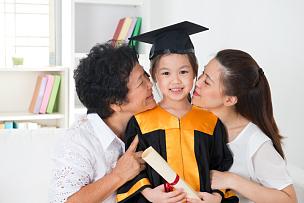 女孩,毕业礼服,学龄前,黑发,图像,知识,青年人,儿童,女人,学龄儿童