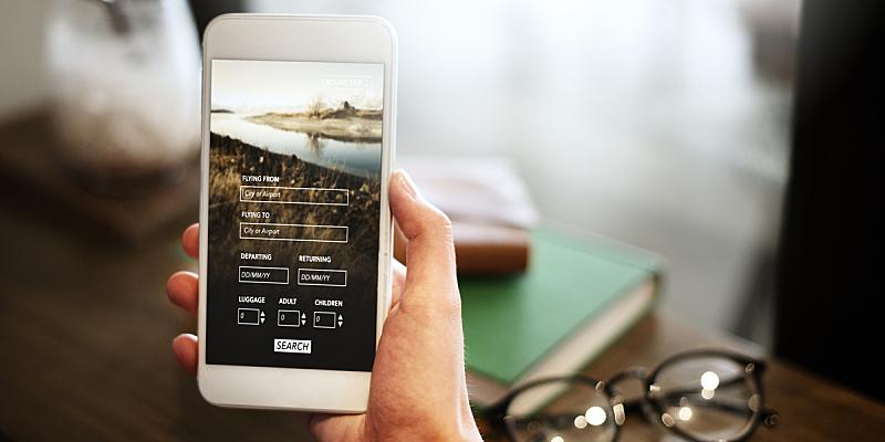概念,客房预订,机票,乘客,互联网,票,智能手机,移动应用程序,便携式信息设备