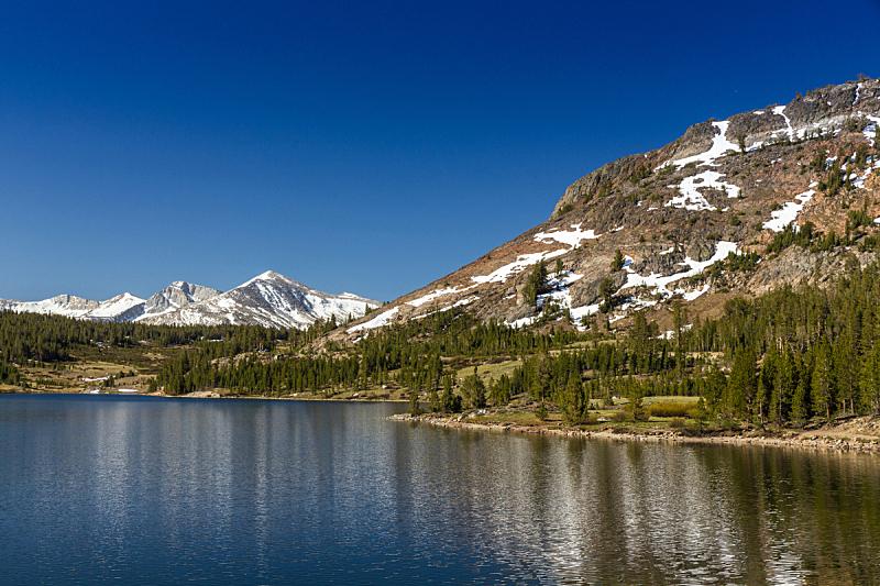 提欧嘎山口,120号公路,特纳娅湖,梅丽波莎县,加利福尼亚内华达山脉,天空,休闲活动,水平画幅,高视角,山