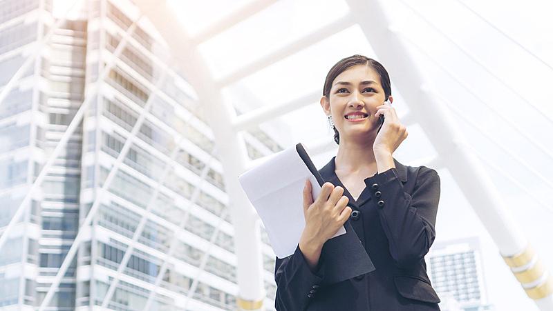 商务,幸福,商务人士,生活方式,美,水平画幅,进行中,电话机,智慧,商务会议