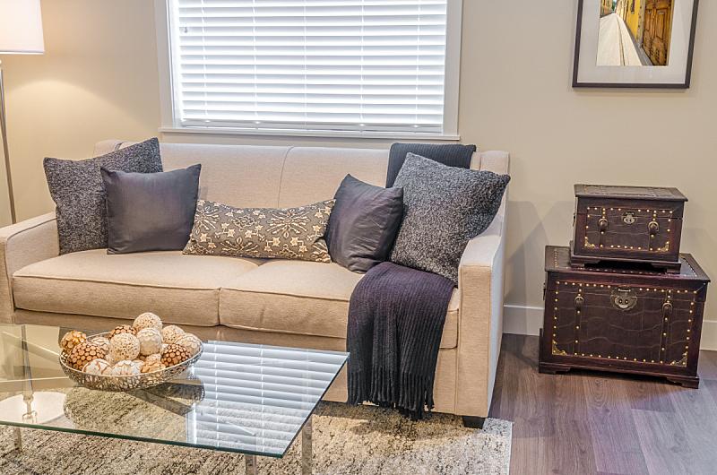 起居室,新的,水平画幅,无人,椅子,灯,家具,气候与心情,居住区,现代