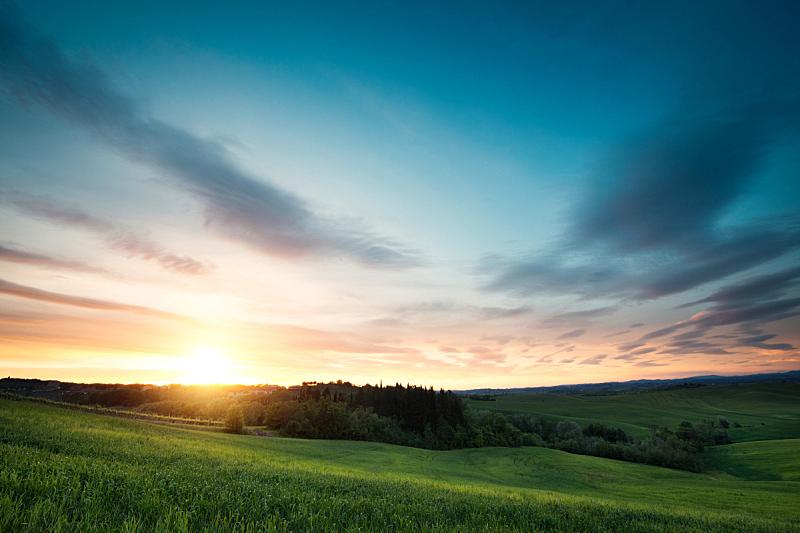 托斯卡纳区,地形,山,草,维得斯卡,夜晚,天空,水平画幅,无人,夏天