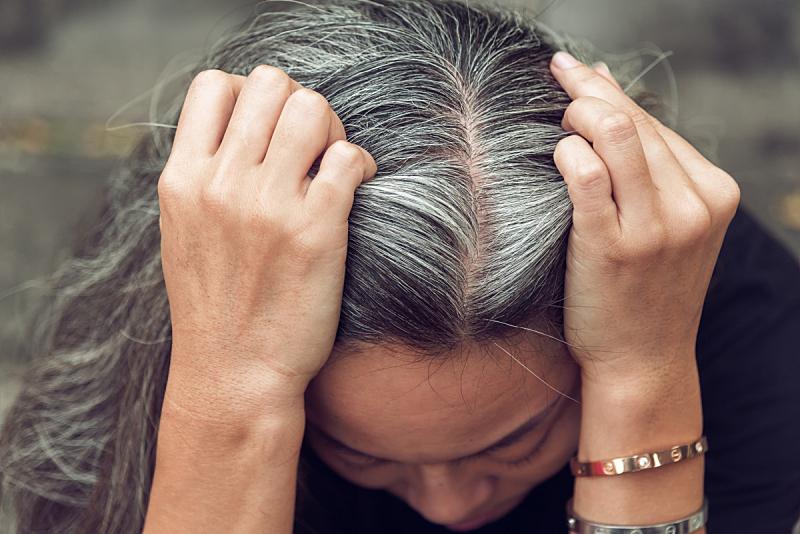 女人,往下看,人的脸部,压力,灰发,留白,半身像,衰老过程,古老的,男商人