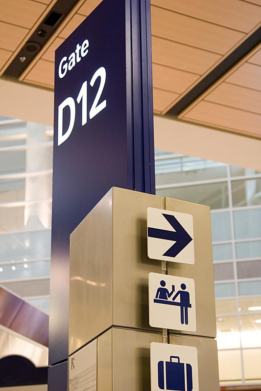 机场,垂直画幅,无人,符号,中央大厅,走廊,大门,箭头符号,方向,国际著名景点