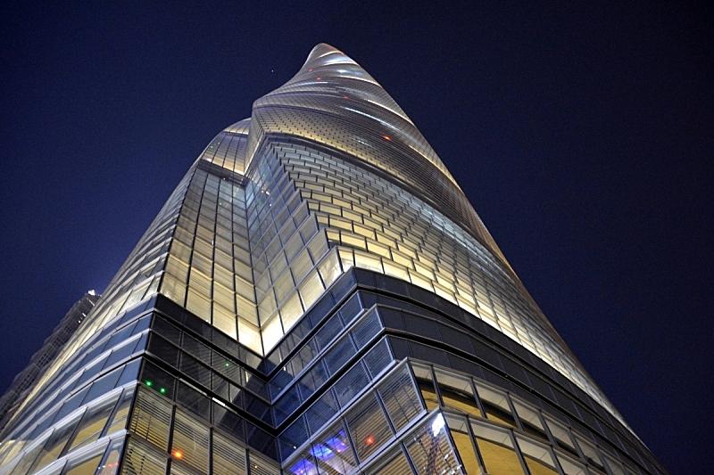 上海中心大厦,陆家嘴,夜晚,上海,后现代,正下方视角,浦东,天空,水平画幅,无人