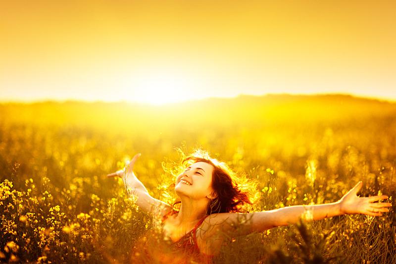 芸苔,田地,日光,女人,手臂,灵性,草地,黄色,活力,自由