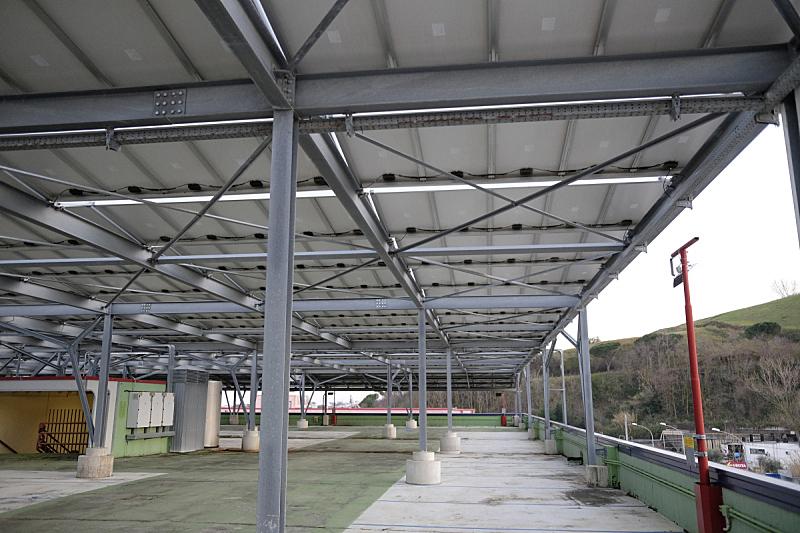 太阳能电池板,购物中心,天空,水平画幅,建筑,蓝色,金属,钢铁,太阳,现代