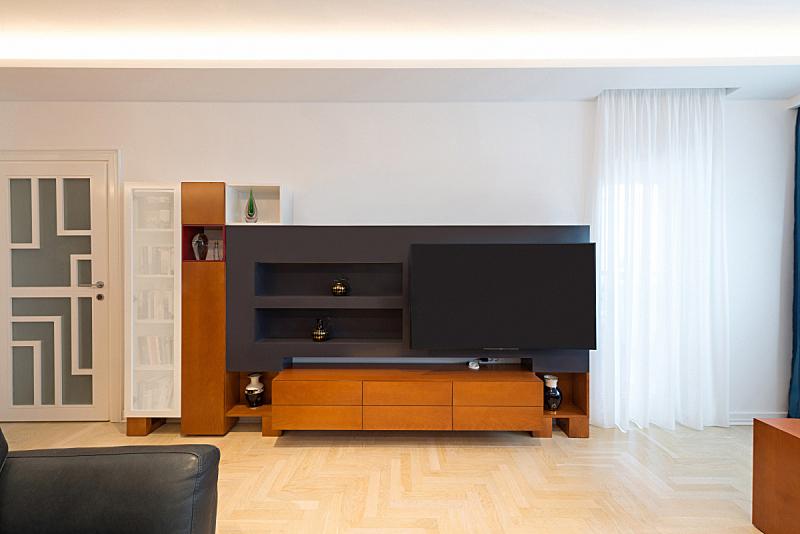 木制,室内,起居室,极简构图,电视机,新的,水平画幅,无人,天花板,家具