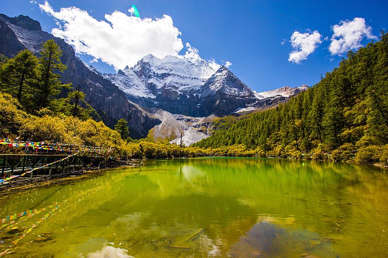 雪,山,纯净水,水,天空,水平画幅,尖的,夏天,偏远的,户外